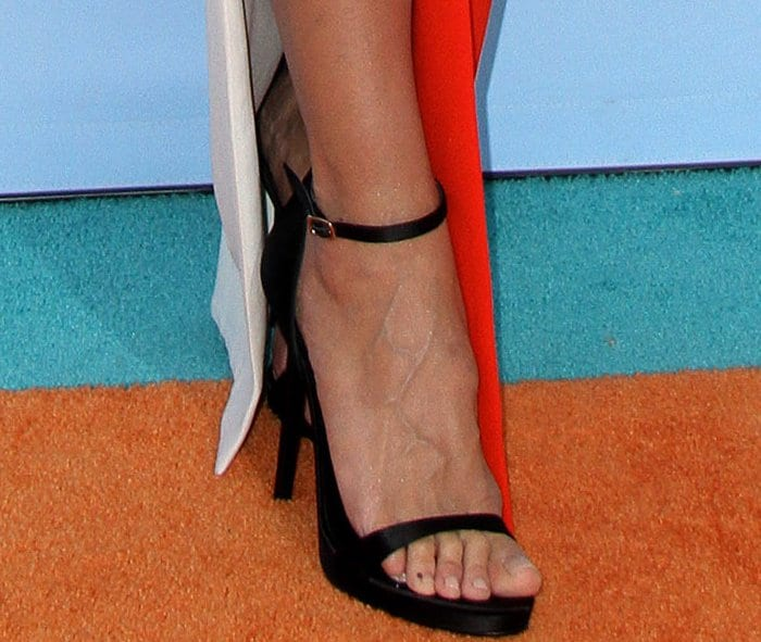 Heidi Klum wearing black ankle-strap sandals at the 2017 Kids' Choice Awards