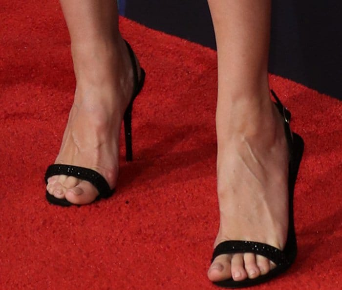 Heidi Klum wearing Giuseppe Zanotti sandals at the 2017 iHeartRadio Music Awards