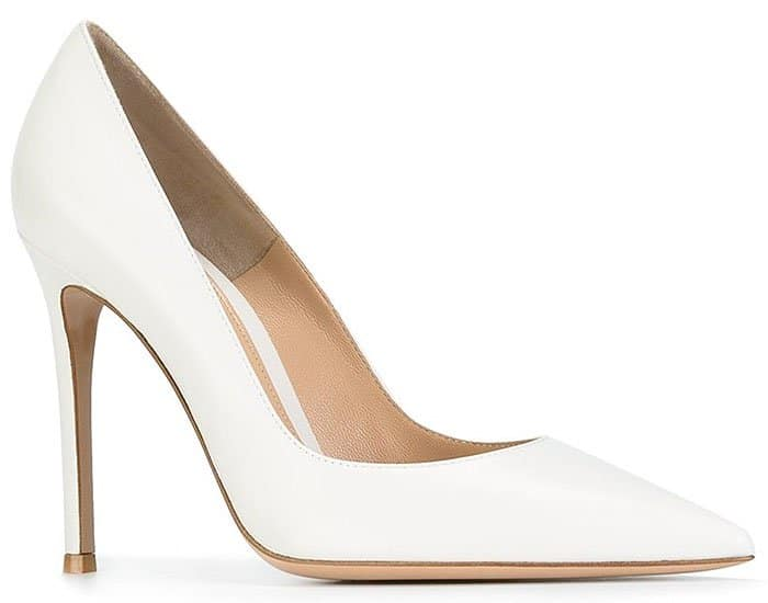 Gianvito Rossi pointed-toe pumps