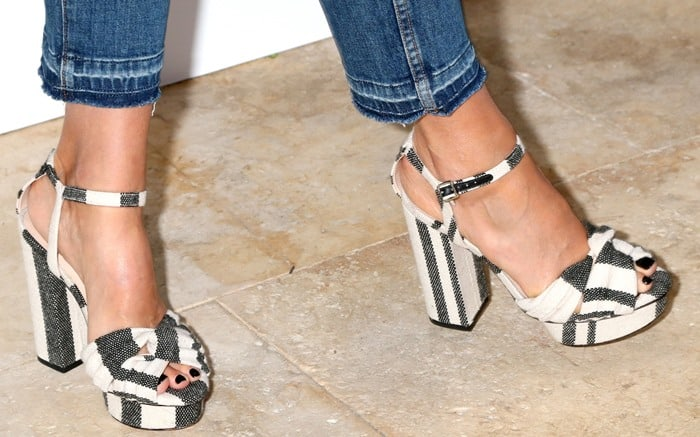 Jessica Alba wears Loeffler Randall black and off-white 'Arbella' sandals