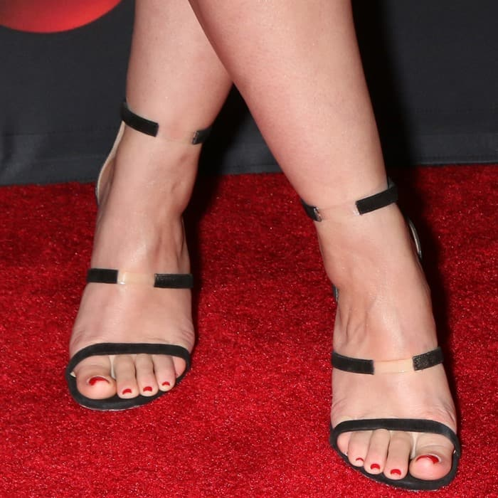 Katie wore a pair of 'Frontline' sandals from Tamara Mellon