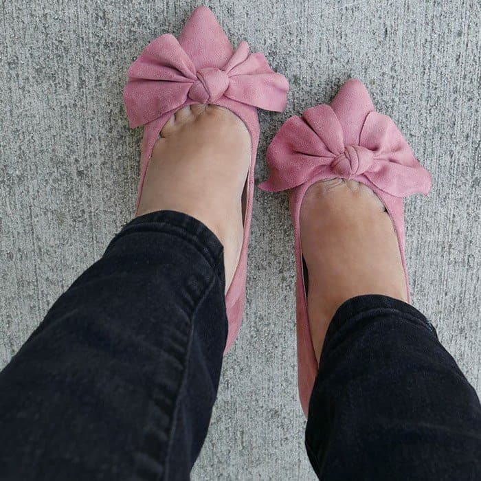 'Let's Bow' Pointy Faux Suede Heels