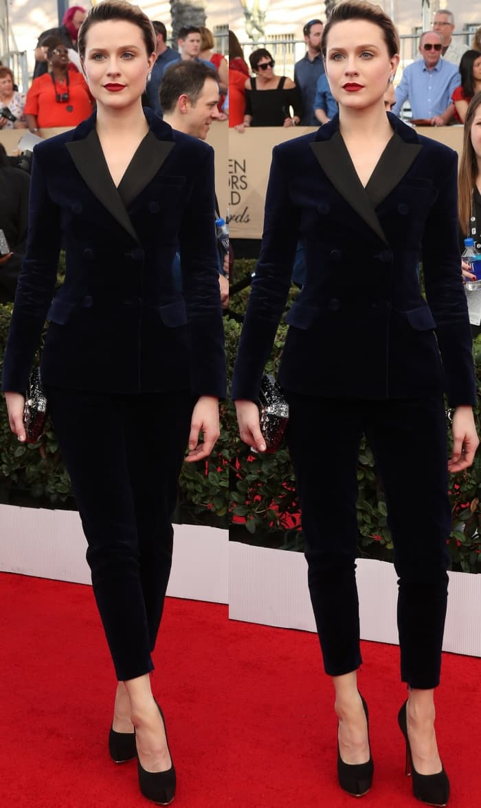 Evan Rachel Wood wearing a custom blue velvet Altuzarra suit and Salvatore Ferragamo velvet pumps at the 2017 SAG Awards