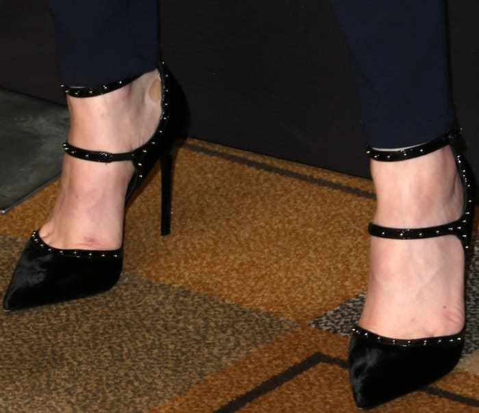 "Evan Rachel Wood wearing Le Silla pumps at Media's 34th Annual PaleyFest Los Angeles ""Westworld"" Panel"
