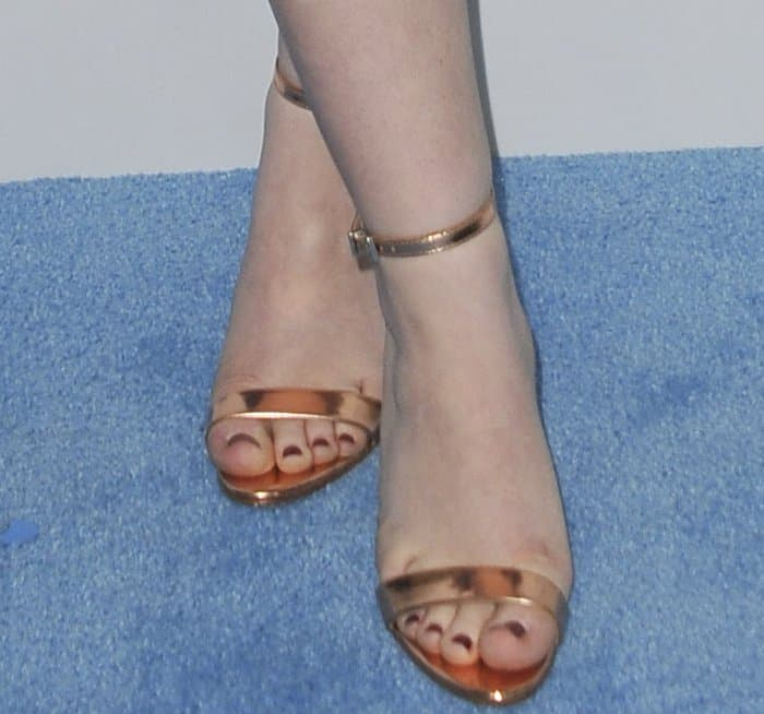 "Sabrina Carpenter rocking Schutz ""Cadey-Lee"" sandals"