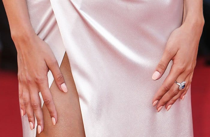 Matchy-matchy: the model matched her nails to her dress