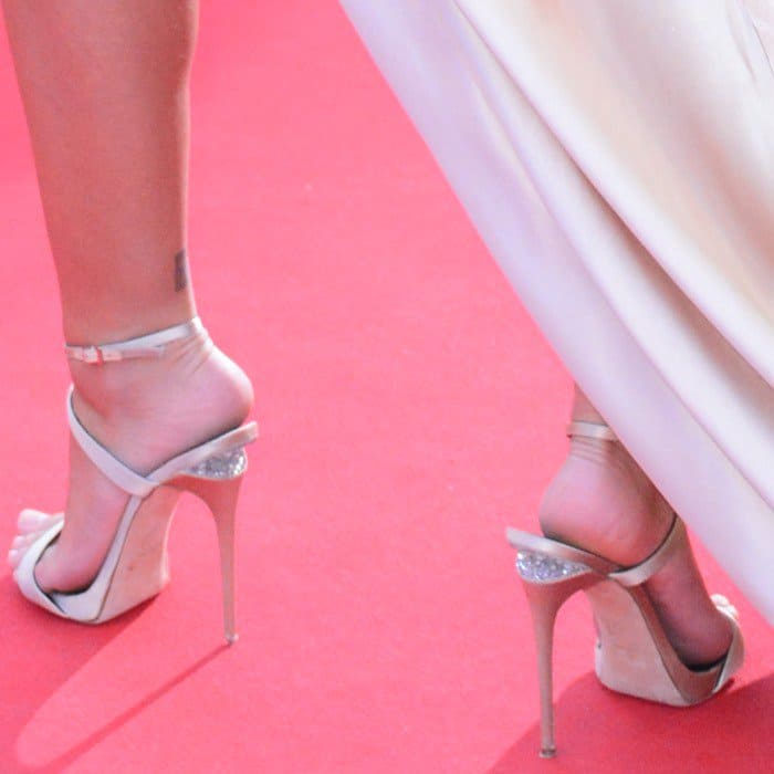 Emily Ratajkowski shows off her sexy feet in Dionne champagne satin sandals
