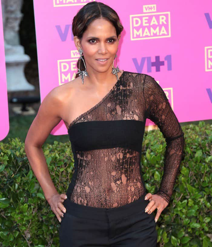 Halle Berry in a sheer lace bodysuit while attending VH1′s 2017 Dear Mama: An Event To Honor Moms event held at Huntington Library in Pasadena, California, on May 6, 2017