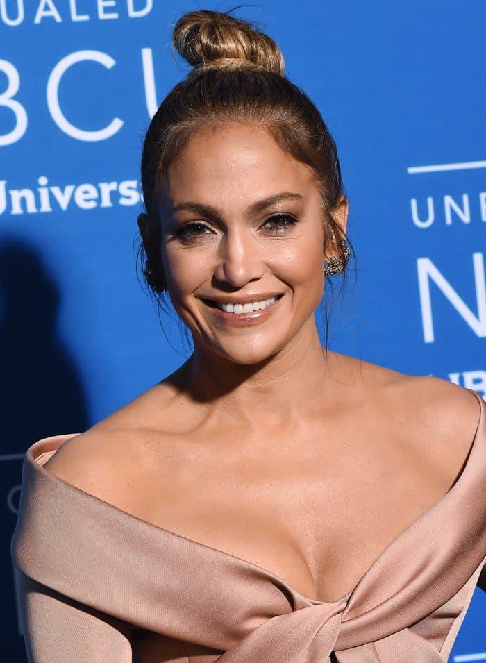 Jennifer Lopezin Elie Saab at the 2017 NBC Universal Upfront