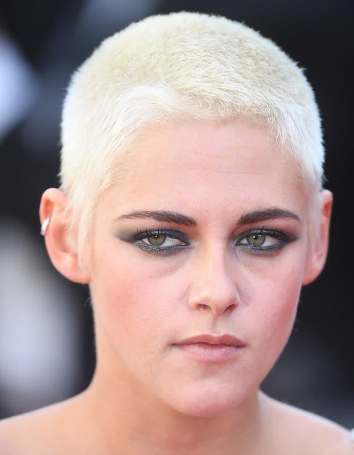 Kristen Stewart's dramatic smokey eye