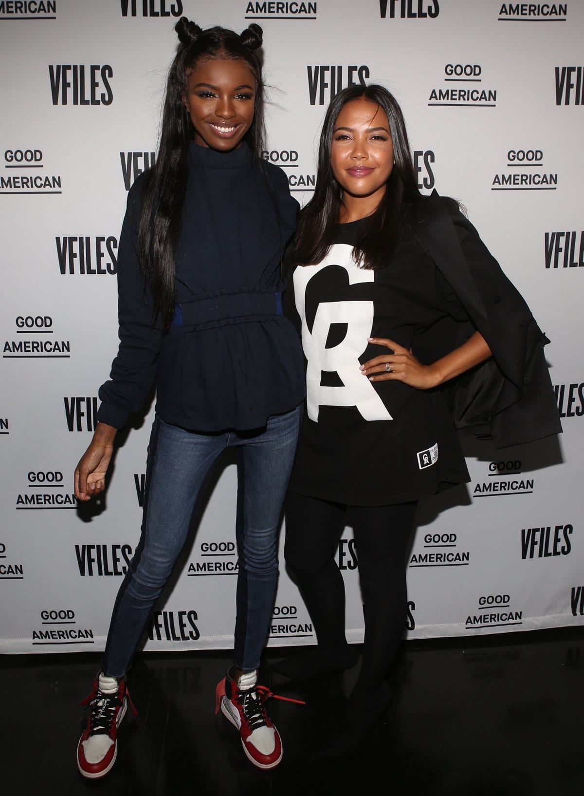 Founder and CEO of Good American Emma Grede (R) posing with fashion designer Leomie Anderson