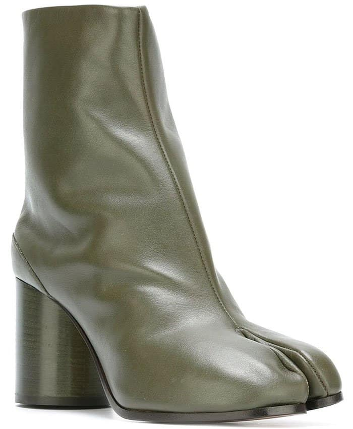 Maison Margiela 'Tabi' boots in musk green leather