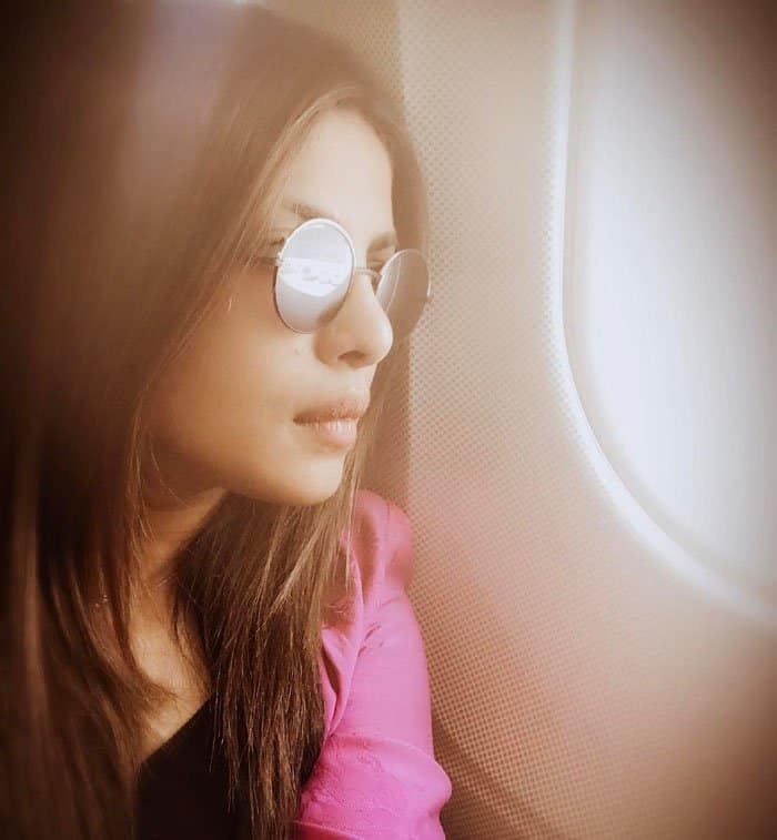 The actress takes her second selfie in the plane on the way to Berlin