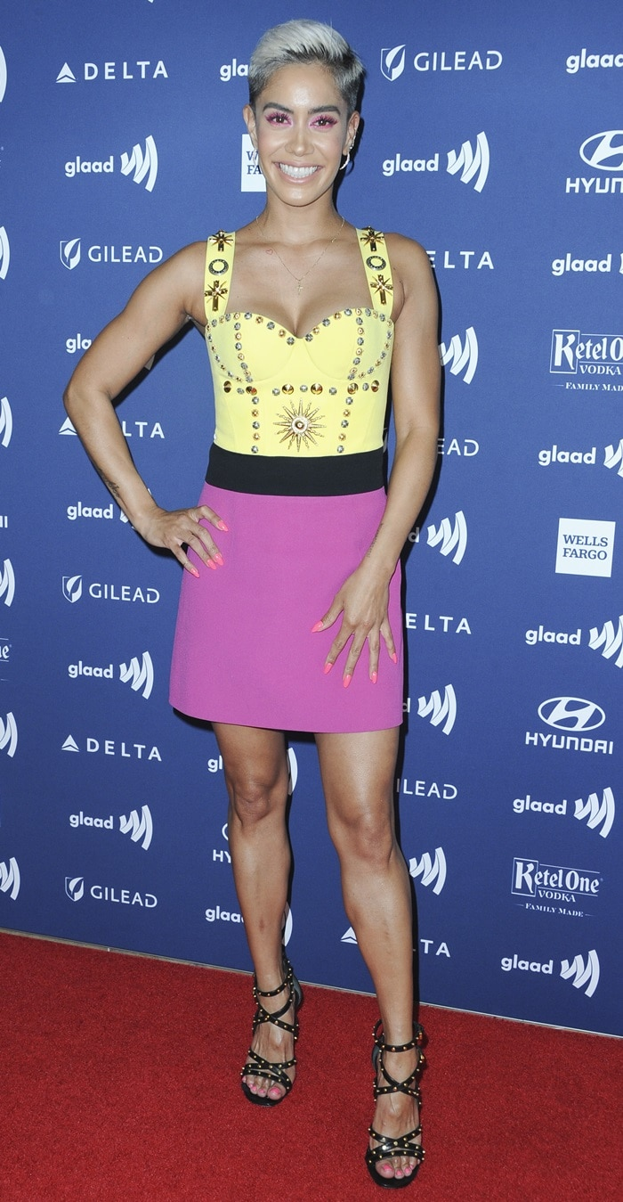 Sibley Scoles' hot legs at the 30th Annual GLAAD Media Awards