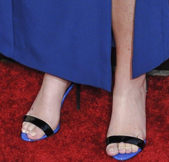 Amy Schumer displays her feet in Giuseppe Zanotti sandals