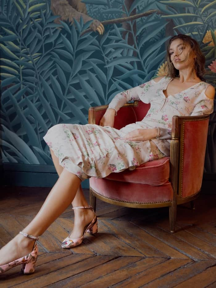 "Arizona Muse wearing the Aquazzura for de Gournay embroidered pumps with Vilshenko's ""Bonita"" floral-print silk-georgette gown"