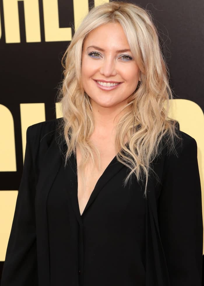 """Kate Hudson wearing a custom look from Michael Kors Collection and Giuseppe Zanotti embellished platform sandals at the LA premiere of """"Snatched"""""""