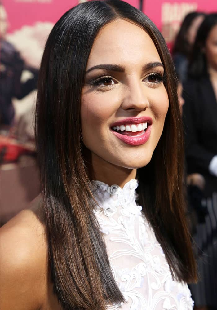 The Mexican-born beauty enjoys her red carpet time