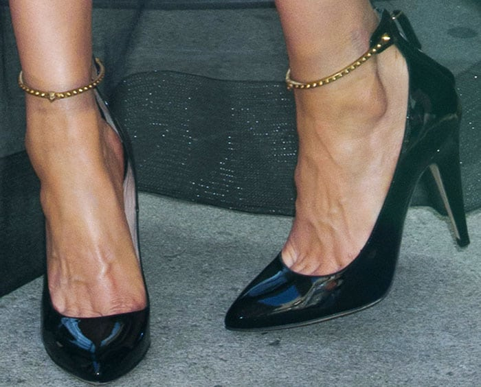 Elsa opted for a pair of pumps with studded ankle cuffs
