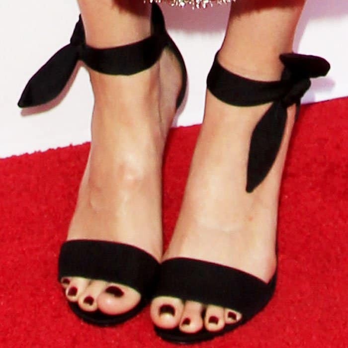 "Mandy Moore showing off her feet in Stella Luna ""Gabardine"" sandals in black suede"