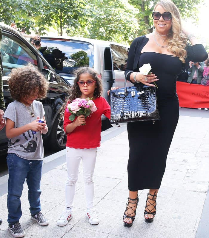 Mariah is joined by her twins, Monroe and Moroccan