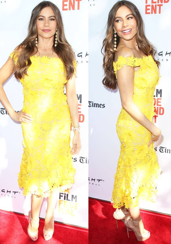 Sofia looked sunny in a bright yellow lace dress by Martha Medeiros