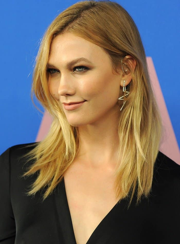 Karlie Kloss completed her ensemble with Lynn Ban jewelry