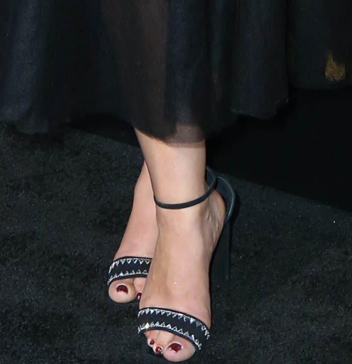 Ruth Negga revealed her pedicured feet in Giuseppe Zanotti heels