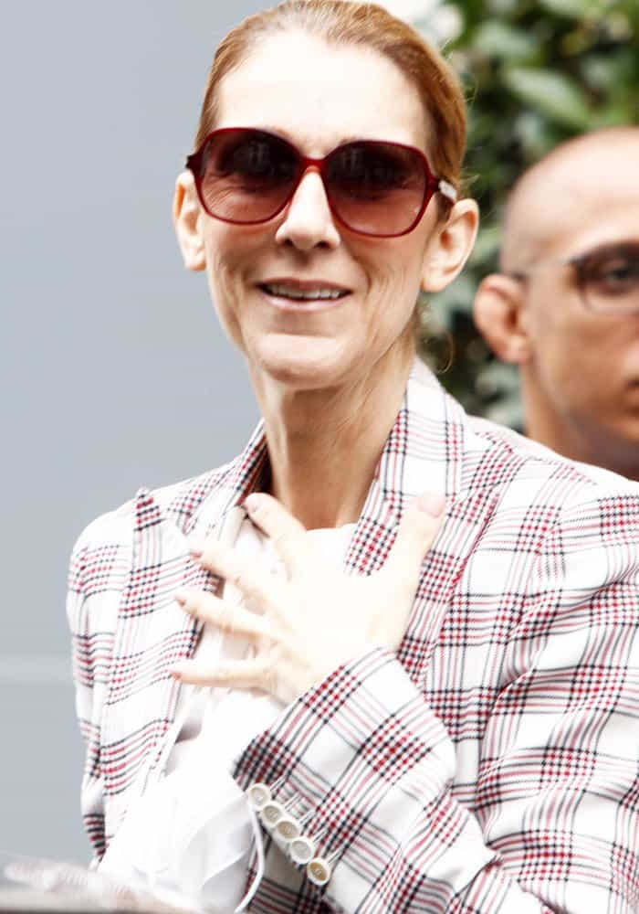Celine Dion leaves the hotel Royal Monceau in Paris on July 20, 2017