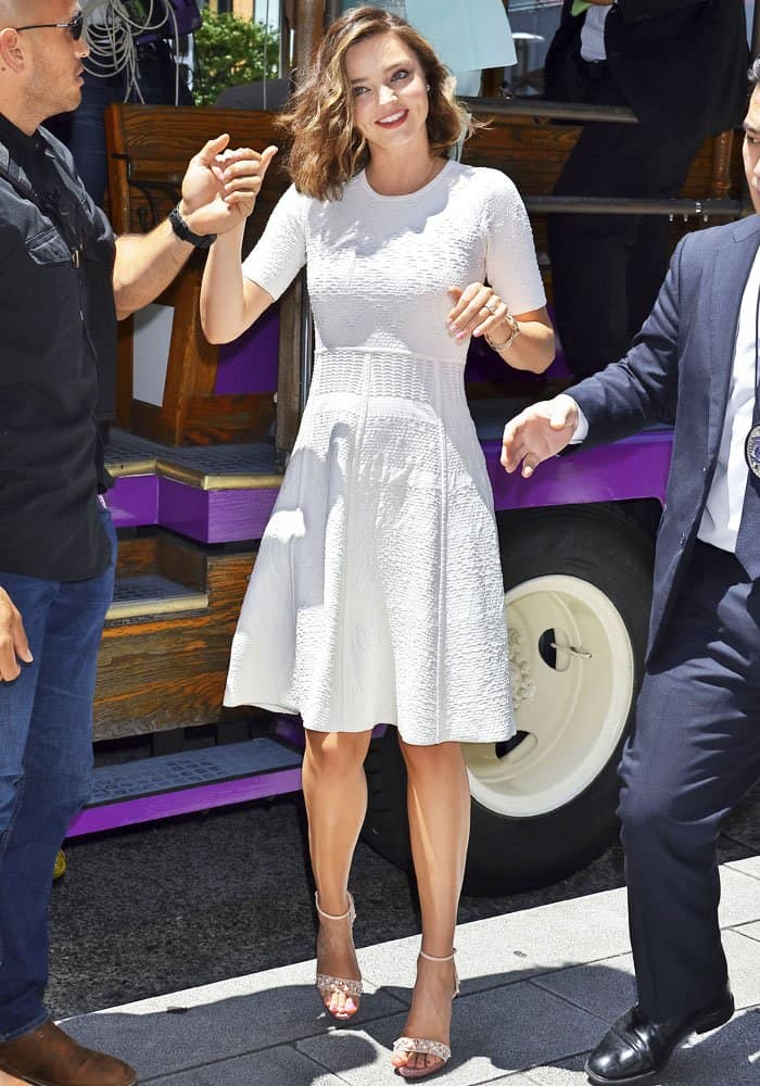 Miranda resurfaces in a classic white A-line dress by ALC