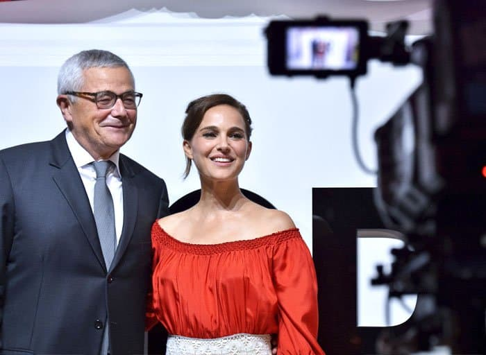 Natalie poses with Dior's perfumer-creator Francois Demachy