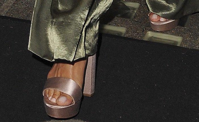 Nicole Scherzinger wore a pair of nude platform sandals on her night out