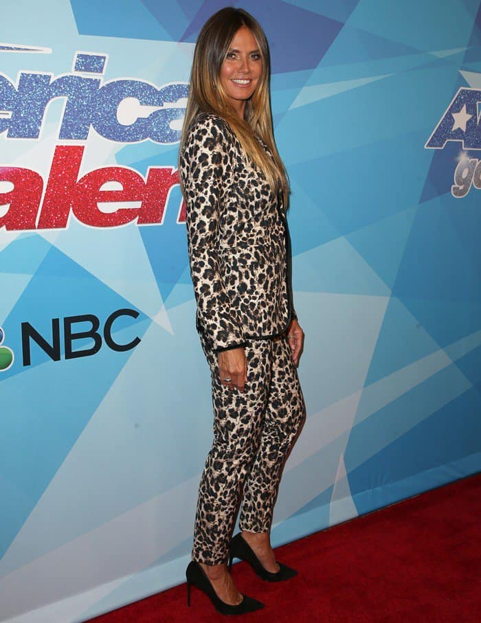 Hedi Klum hit the red carpet in a dated outfit for America's Got Talent live show in Los Angeles on August 15, 2017