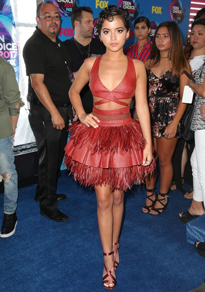 Isabela Moner wearing a Sophie Theallet cocktail dress at the 2017 Teen Choice Awards