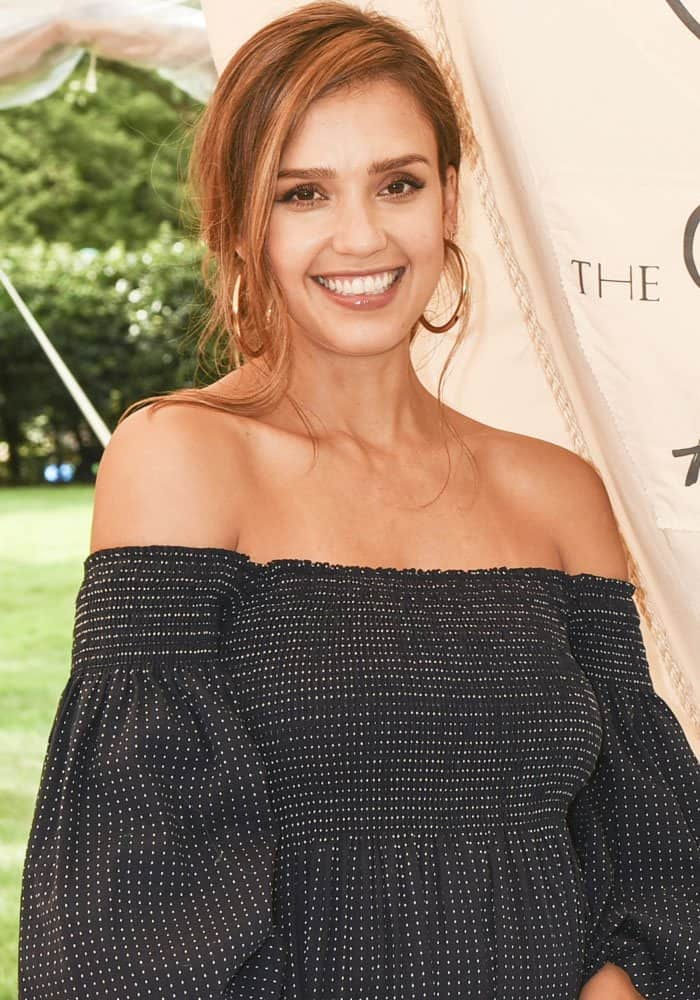 "Jessica Alba at The Honest Company's celebration of ""The GREAT Adventure"" in East Hampton, New York on August 5, 2017"