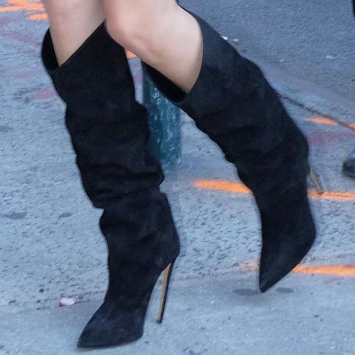 Kendall struts her stuff in a pair of Alexandre Vauthier slouchy boots