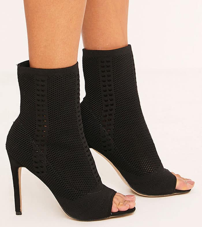 """PrettyLittleThing """"Donna"""" Sock Boots"""