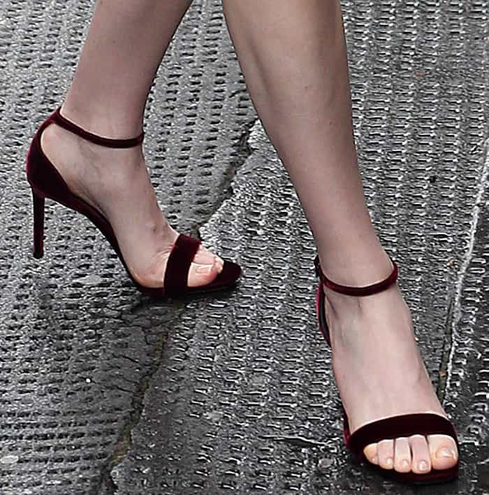 """Ellie Goulding wearing Saint Laurent """"Amber"""" velvet sandals while out and about in London"""