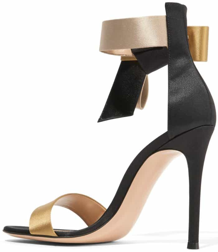 "Gianvito Rossi ""Geisha"" bow-embellished satin sandals"