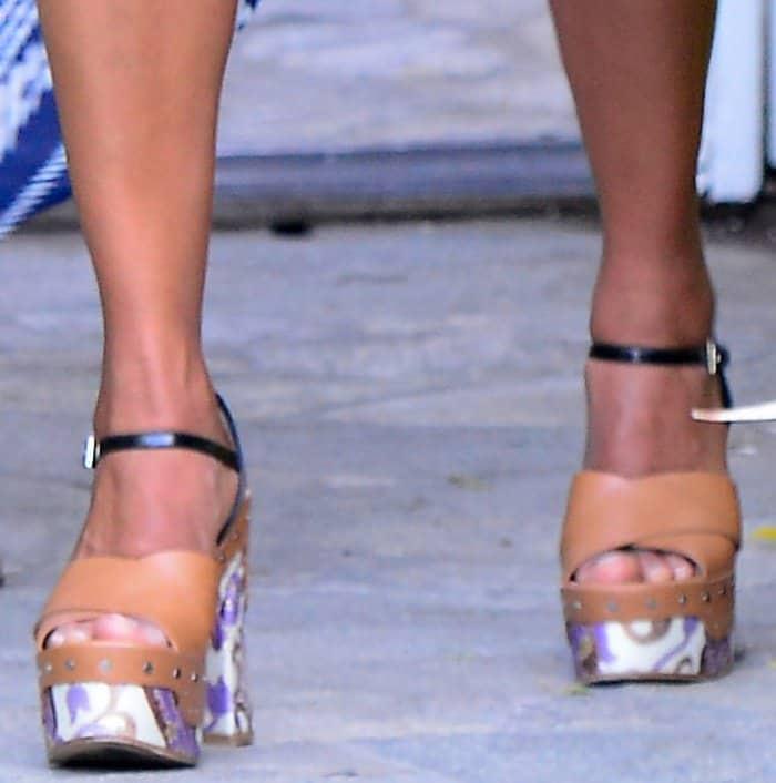 Kerry Washington wearing Prada platform sandals at Jennifer Klein's 19th Annual Day of Indulgence Party