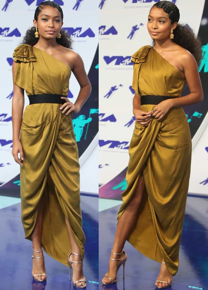 "Yara Shahidi wearing a Zimmermann gold silk gown and Giuseppe Zanotti ""Darcie"" sandals at the 2017 MTV Video Music Awards"