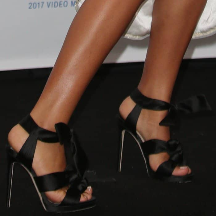 "Yara Shahidi's feet in""Kris 120"" sandals from Jimmy Choo"