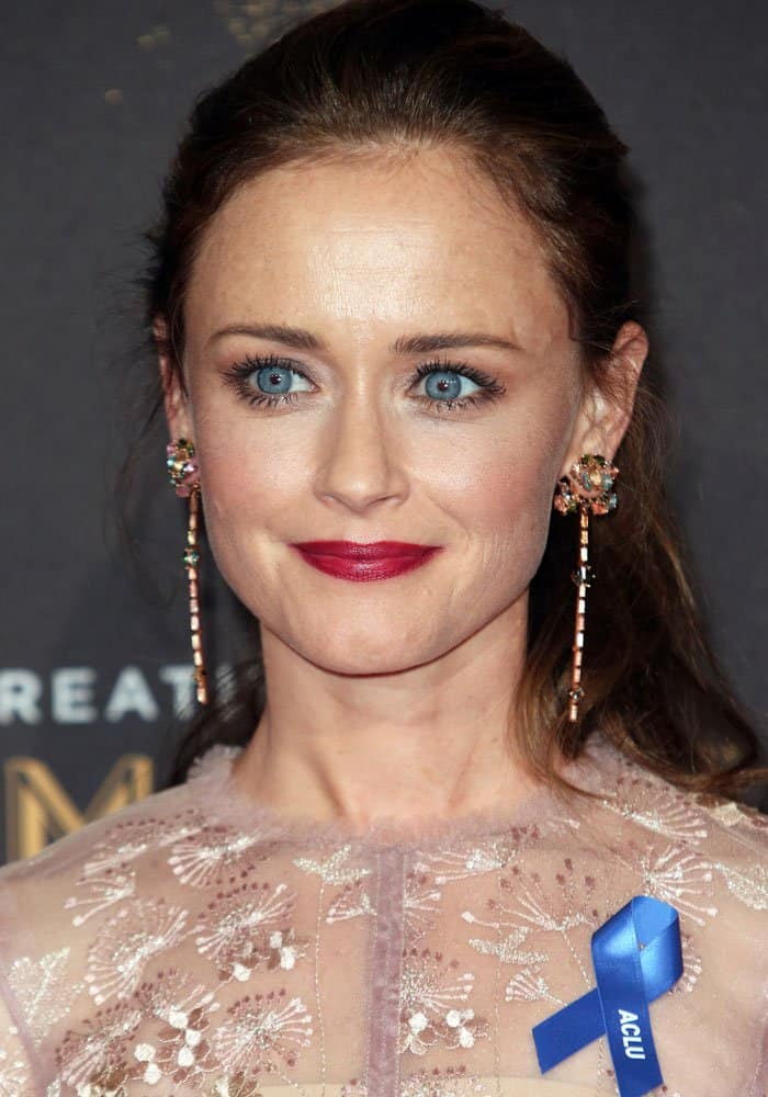 Alexis Bledel at the2017 Creative Arts Emmy Awards in Los Angeles on September 11, 2017