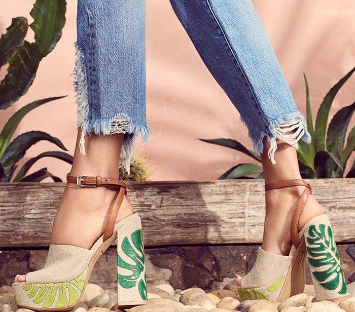 Dolce Vita 'Lando' Platform Sandals