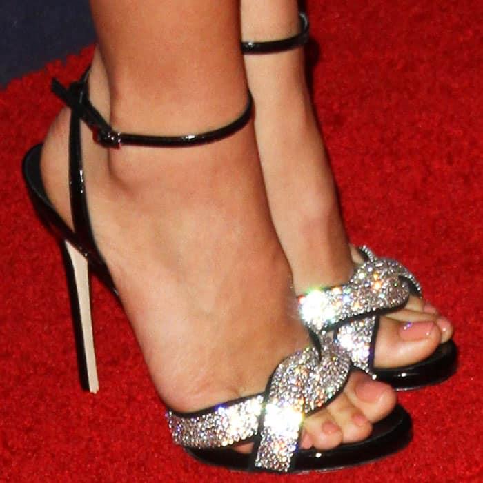 Jenna Tatum shows off her feet in Giuseppe Zanotti heels
