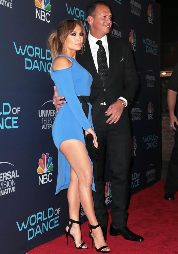 J.Lo poses with her boyfriend, businessman Alex Rodriguez