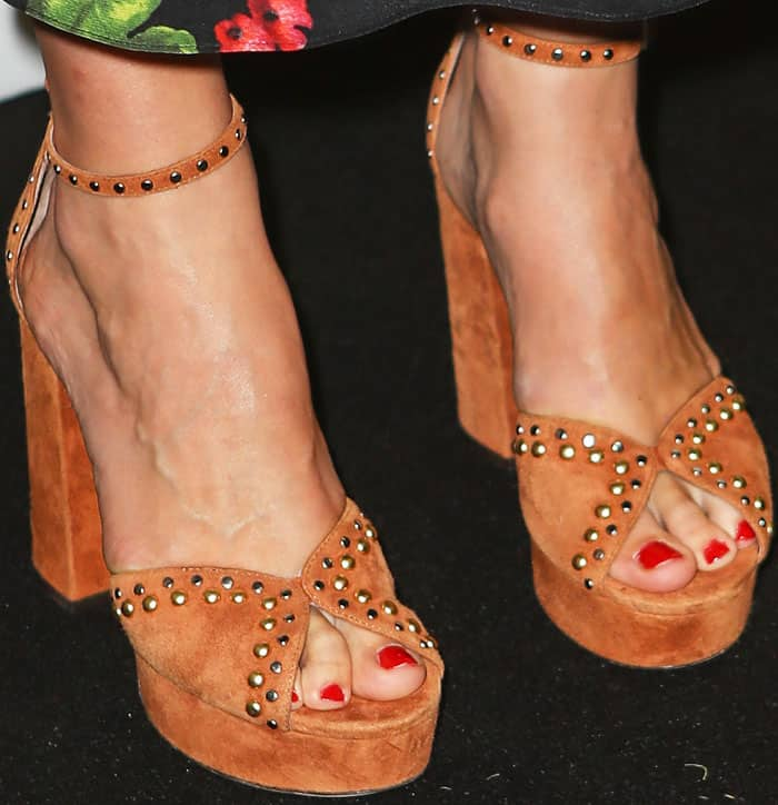 """The actress added a little quirk into her look with a pair of studded Tabitha Simmons """"Julieta"""" platform sandals"""