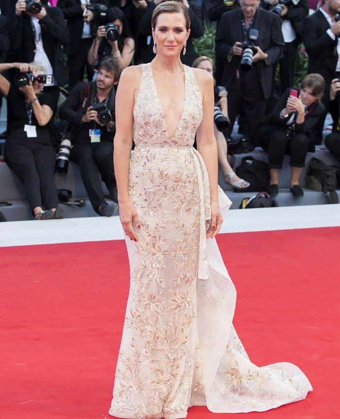 Kristen sparkles in a Zuhair Murad gown