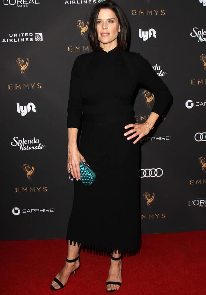Neve Campbell goes for the infallible LBD