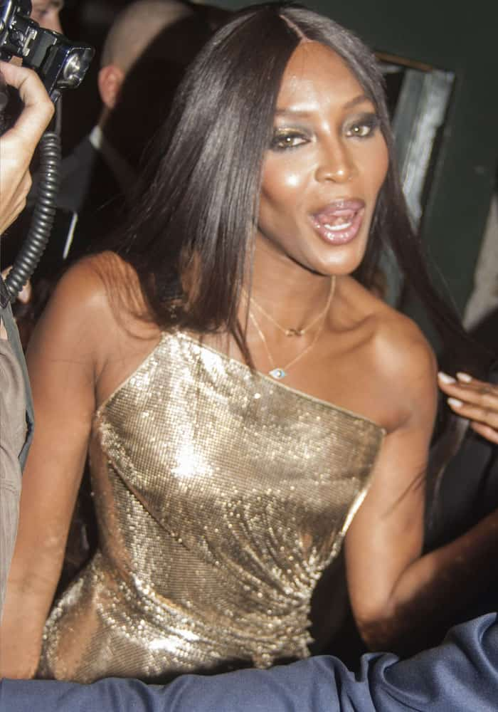 The legendary Naomi Campbell puts paparazzi into chaos as she arrived at the after party
